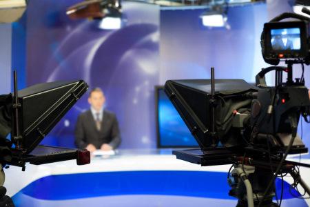 צילום וובינר מתוך אולפן טלוויזיה